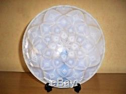 An Art Deco French Opalescent Bowl With Geometric Dahlia Design After Hunebelle