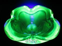 Cenedese Vintage Murano baby blue acid green glowing sommerso art glass bowl UV