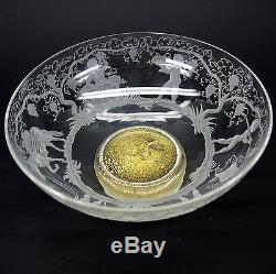 Fabulous Murano S. A. L. I. R glass bowl with putti making wine