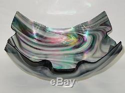 Magnificent Signed 2006 Peacock Pulled Feather Iridescent Art Glass Bowl