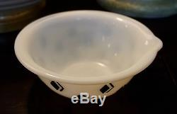 McKee Art Deco Fired on Black Diamond Check Pattern Batter Egg Mixing Bowl