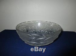 R. Lalique France Art Glass Crystal Ormeaux Leaf Frosted Bowl 1920's 8 3/8