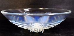 Vintage Art Deco French Opalescent Star Fish Bowl by Choisy-le-Roi Lalique Style